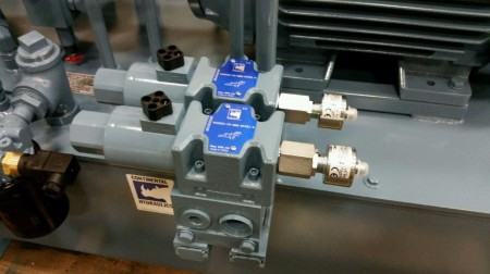 D05 Dual Monitored valve mounted on HPU